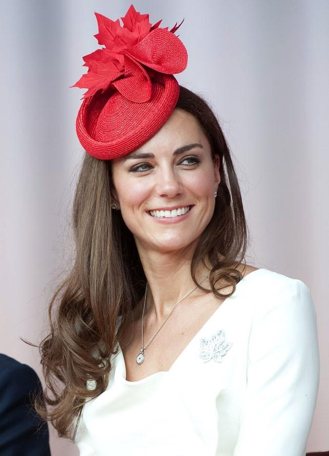 Kate Middleton le 1er juillet 2011 au Canada : un chapeau emblématique Sylvia Fletcher