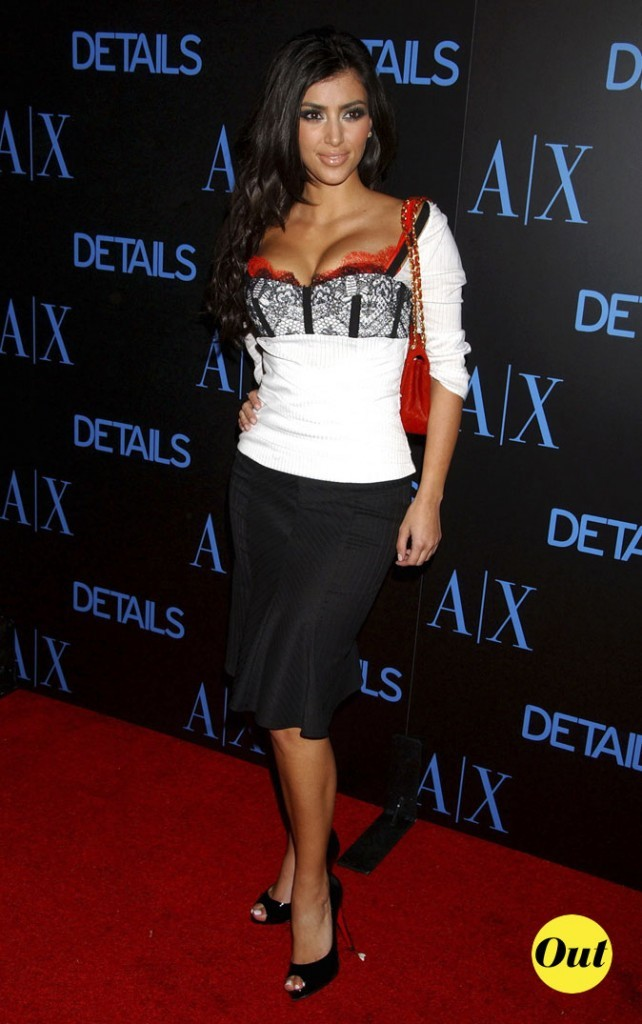 Look de Kim Kardashian : une combo black and white en 2006