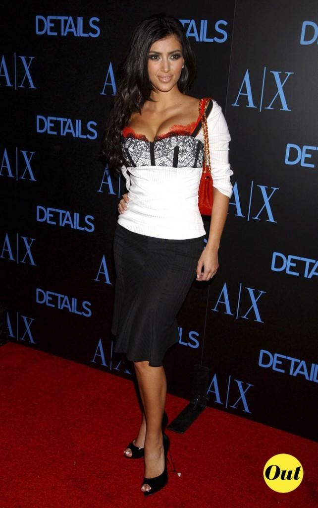 Look de Kim Kardashian : une combo black and white en 2006