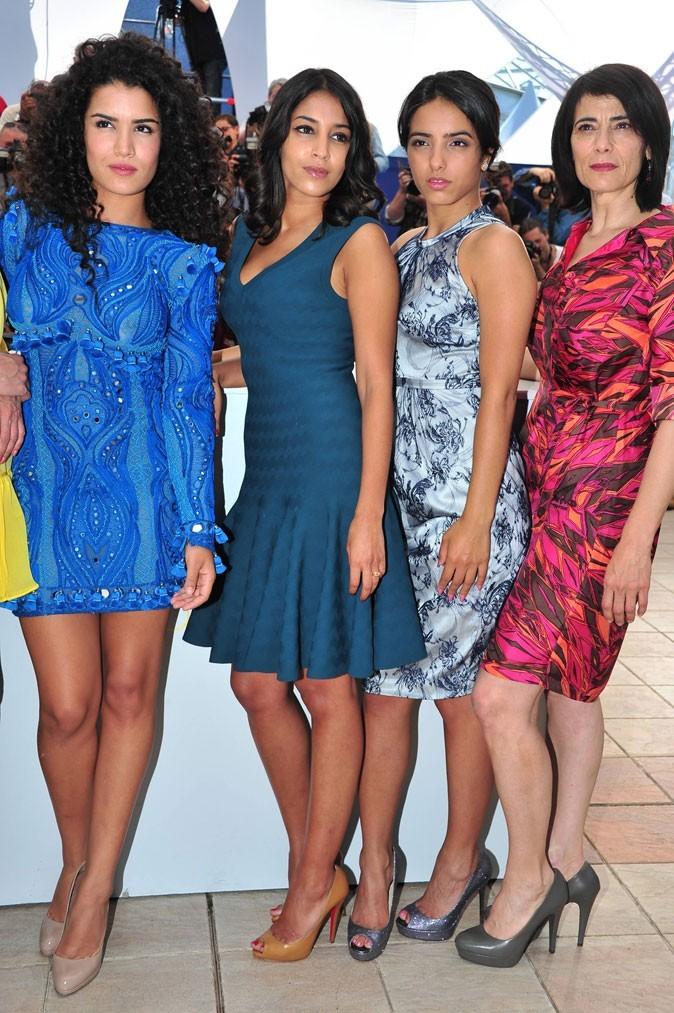La robe bleue rétro de Leïla Bekhti au festival de Cannes 2011 !