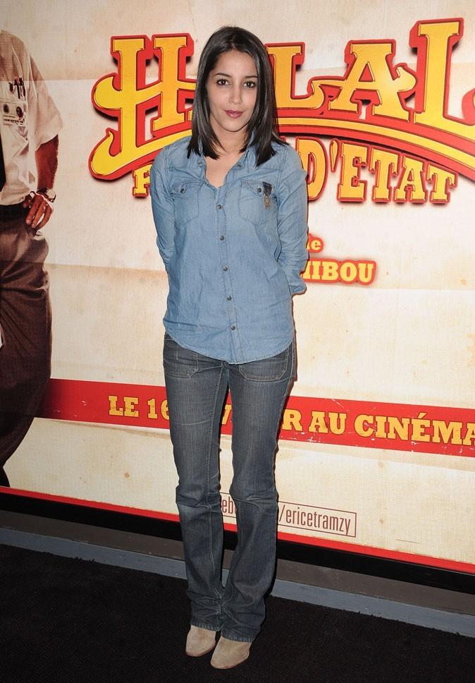 Le look jean casual de Leïla Bekhti en Février 2011 !