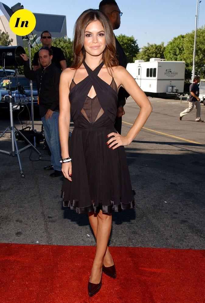 La robe structurée de Rachel Bilson en Août 2006 !