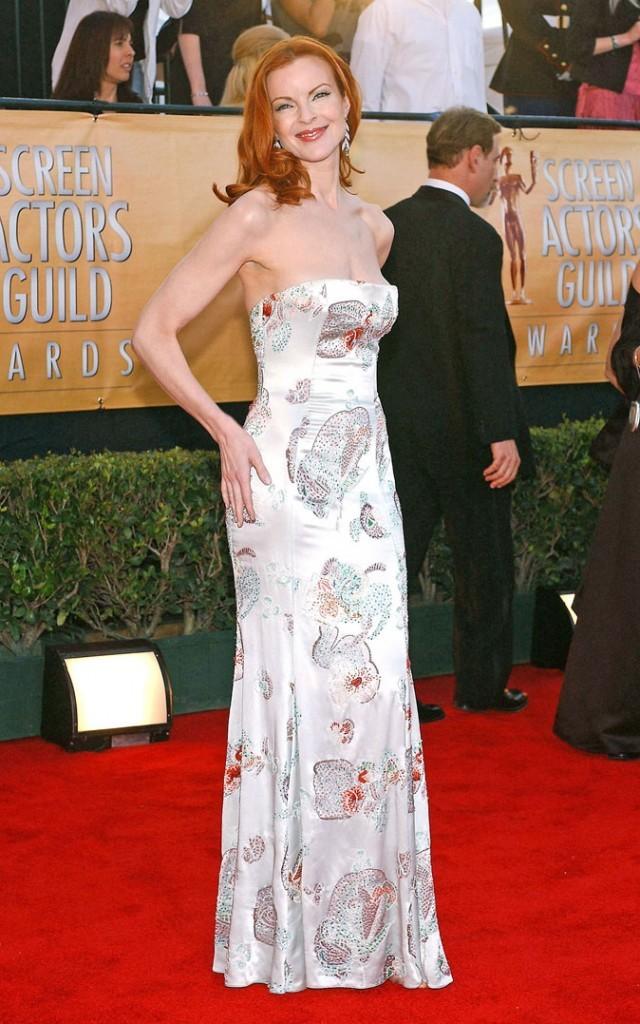 Looks de Marcia Cross : une robe bustier longue imprimée sur tapis rouge !