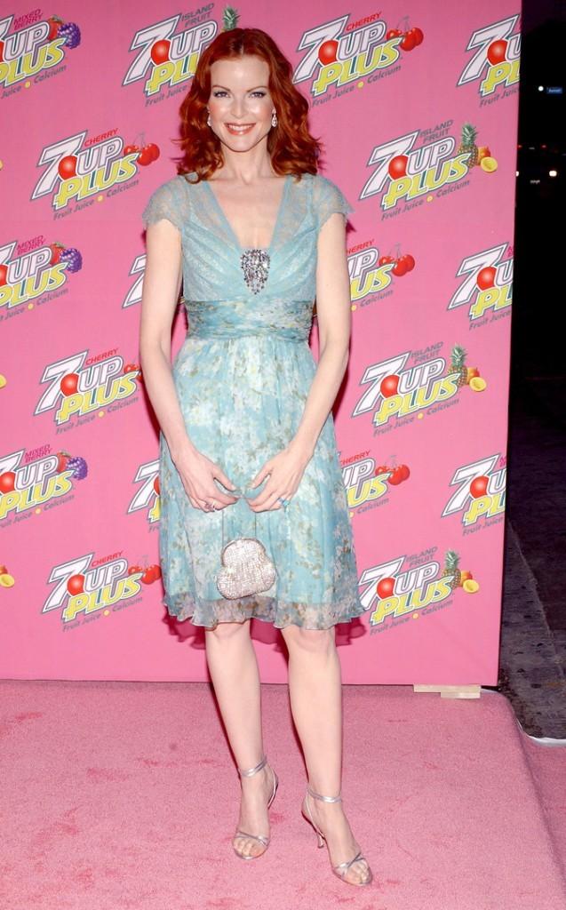 Looks de Marcia Cross : une robe doublée de voile sur tapis rouge !