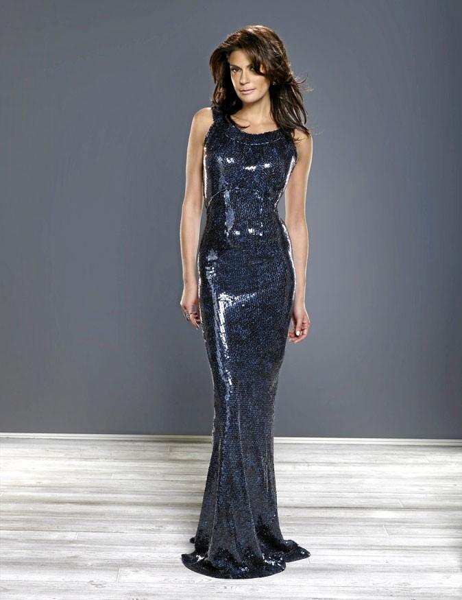 Looks de Teri Hatcher : une robe ultra-longue scintillante dans Desperate Housewives !