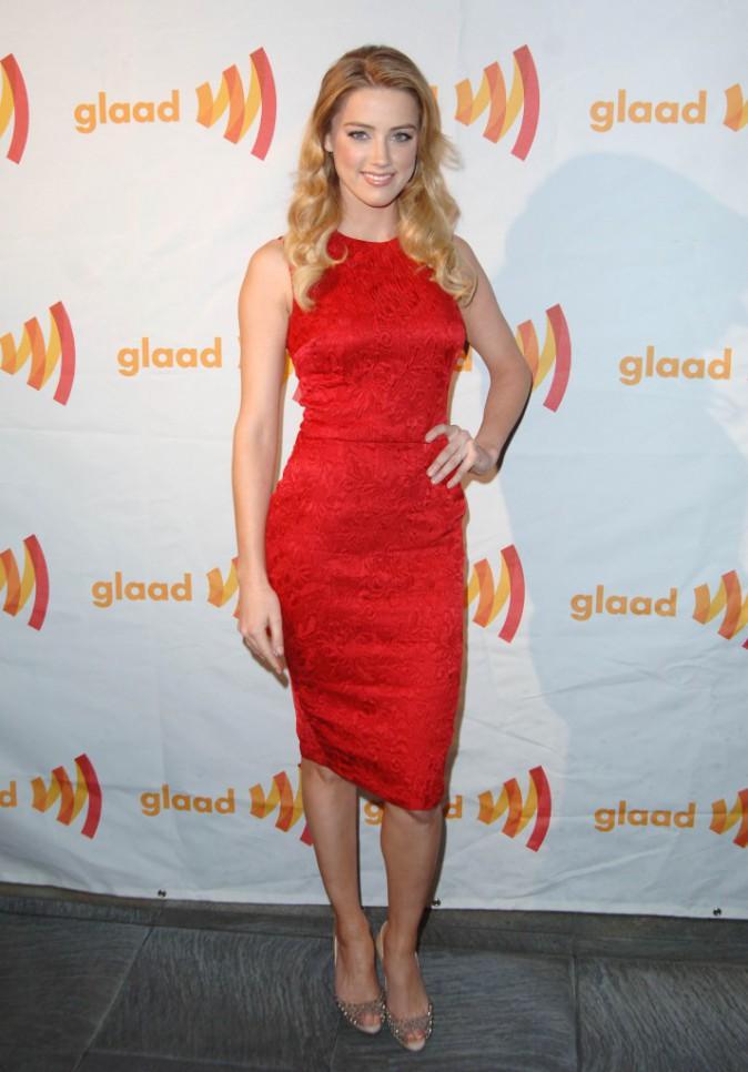 Découvrez le CV fashion de la belle Amber Heard, l'actrice aussi rouge qu'un red carpet !