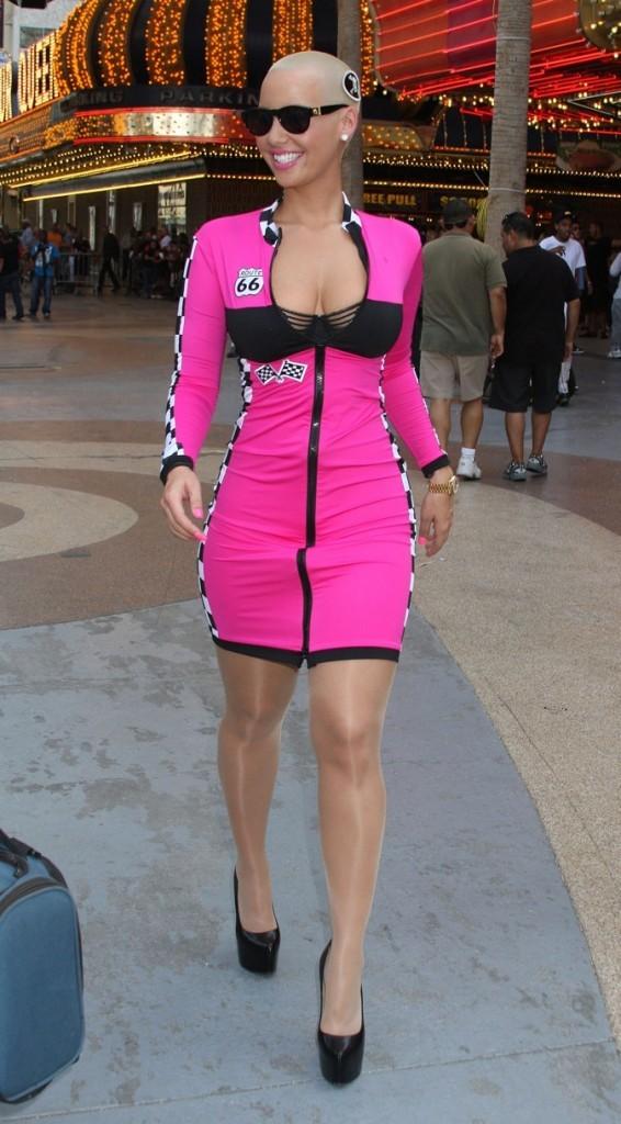 2011: Amber rose au Bullrun Rally !