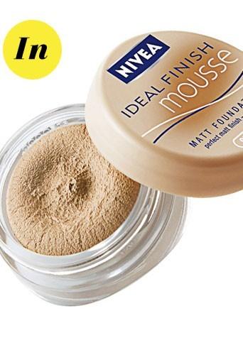 Maquillage tendance hiver 2011 : le fond de teint seconde peau