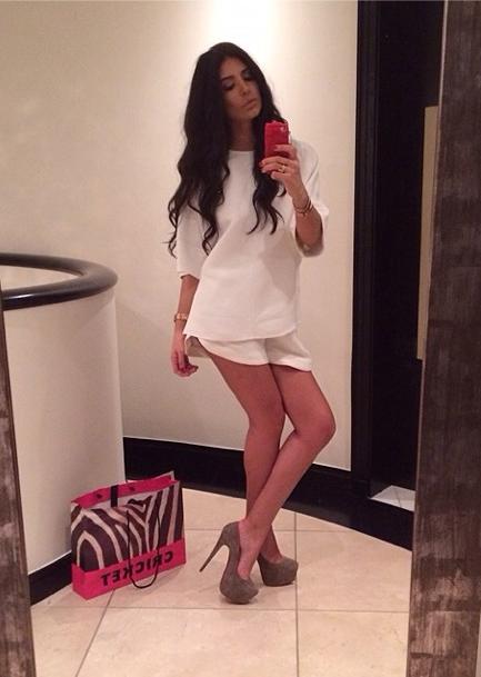 Mode : Anara Atanes : Découvrez son CV Fashion !