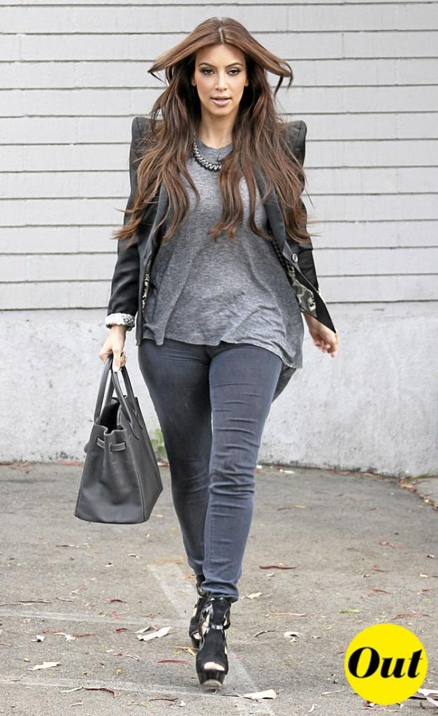 "Les épaulettes ""à la Balmain"" de Kim Kardashian : Out !"