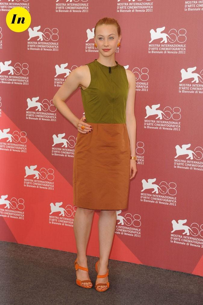 Mostra de Venise 2011 : la robe color block de Sarah Gadon