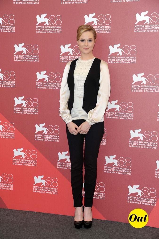 Mostra de Venise 2011 : le look masculin féminin d'Evan Rachel Wood