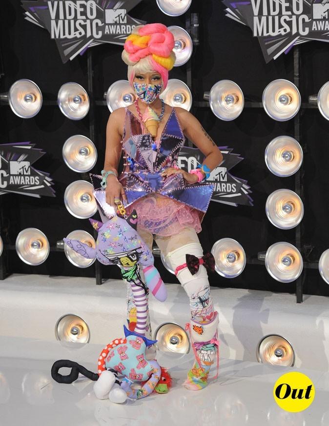 Le look de Nicki Minaj aux MTV Video Music Awards 2011 : un mélange de couleurs, de matières et de formes surprenant !