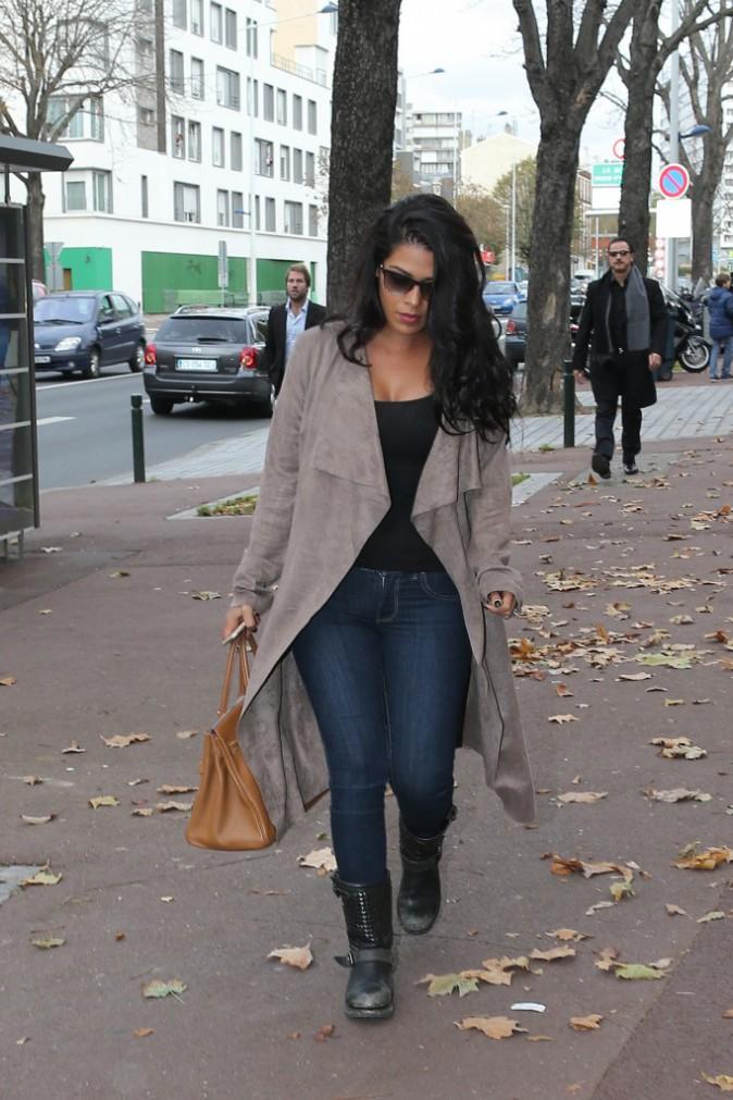 Ayem : un look casual !