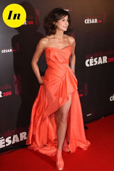 Photos : César 2011 : la robe bustier orange de Valérie Lemercier