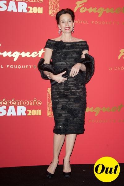 Photos : César 2011 : la robe Elie Saab de Kristin Scott Thomas
