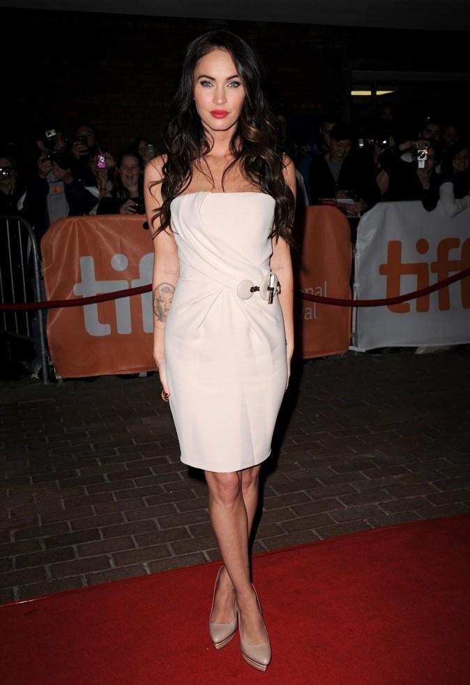 2010 : Megan Fox dans une mini robe sexy !