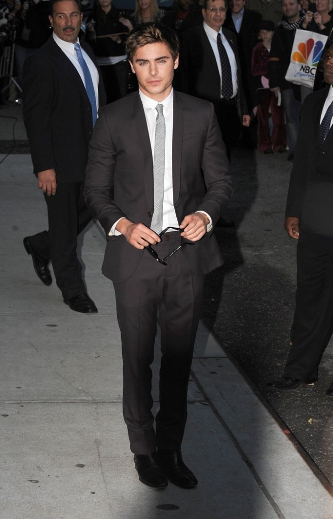 Le beau Zac Efron a la classe !