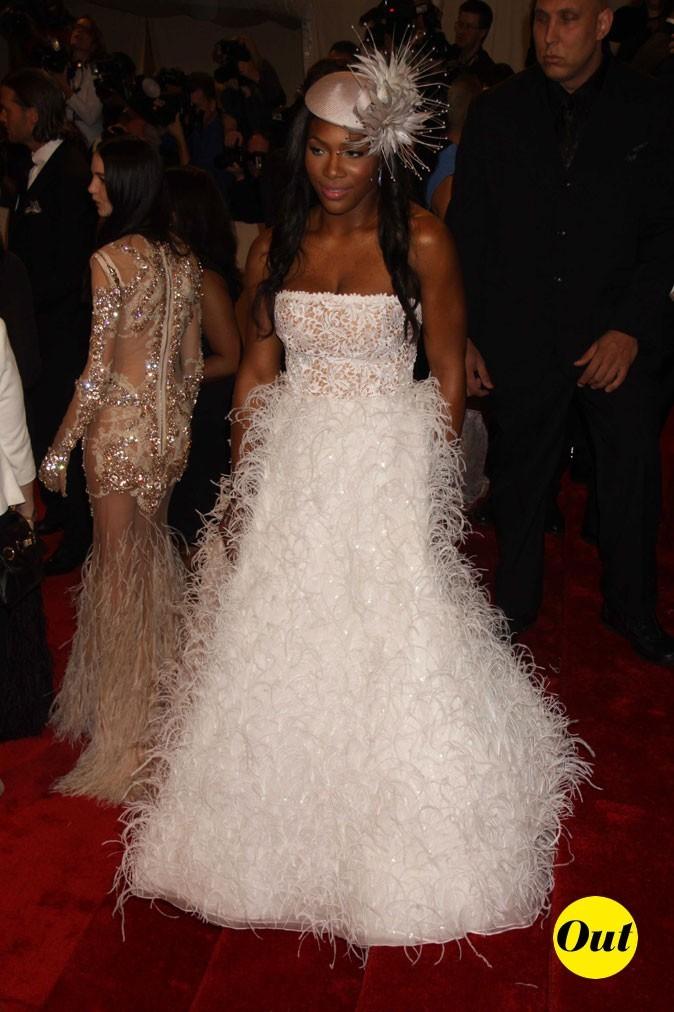 Photo look de star au MET Ball 2011 : la robe tendance mariée Oscar de la Renta de Serena Williams