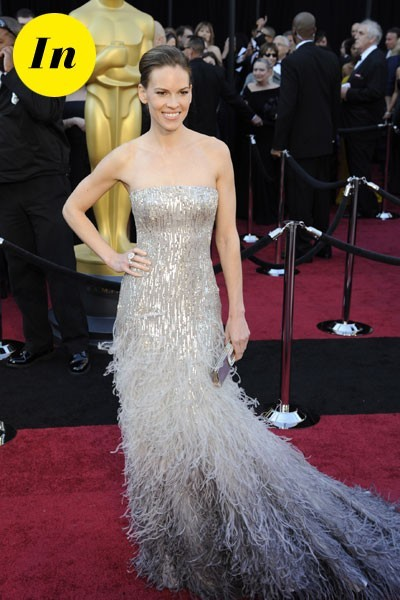Oscars 2011 : la robe Gucci Première d'Hilary Swank