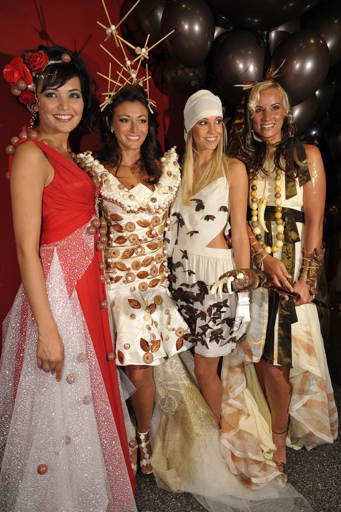 Salon du chocolat 2008 : brochette de miss France !