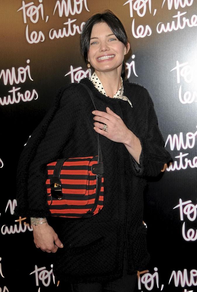 Delphine Chanéac a flashé sur le it bag Lola R. de Sonia Rykiel