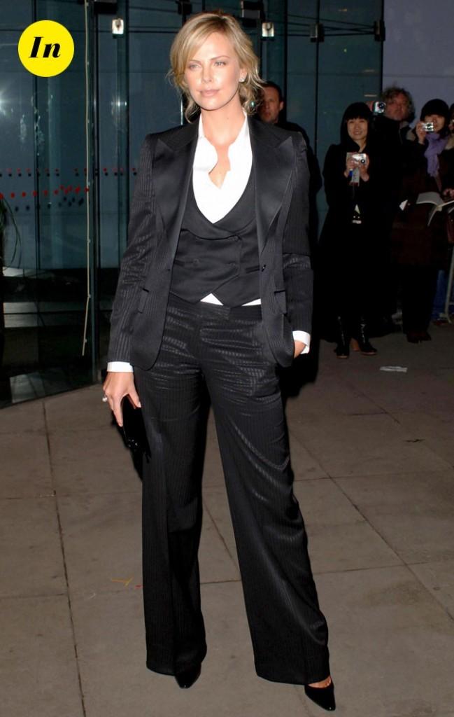 Tendance masculin/féminin : le look de Charlize Theron