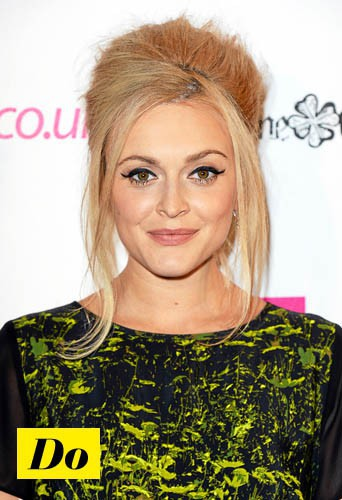 Do l'eye-liner rock comme Fearne Cotton !