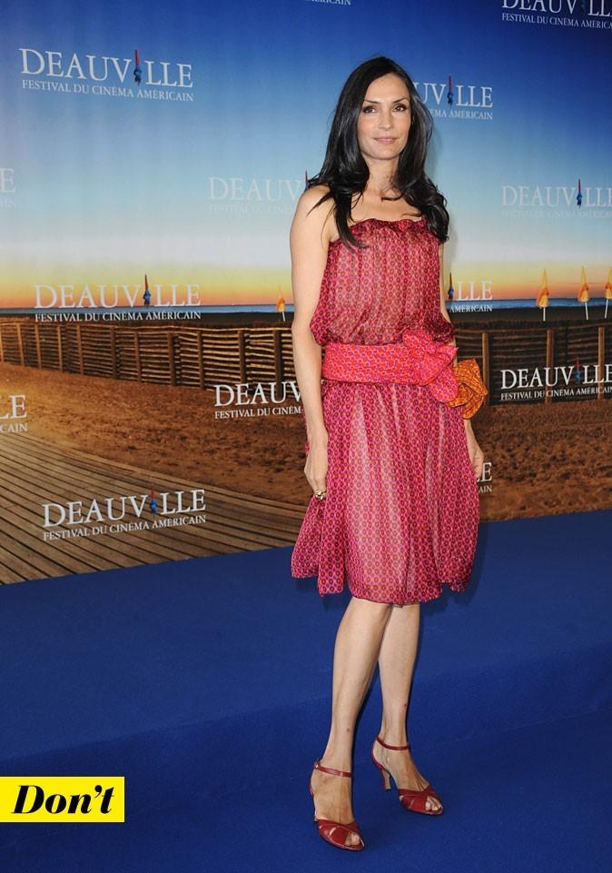 Festival de Deauville 2011 : la robe bustier hippie de Famke Janssen
