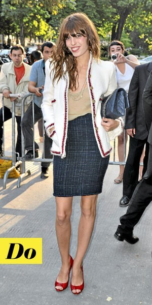 Le look de Lou Doillon avec la veste en tweed Chanel