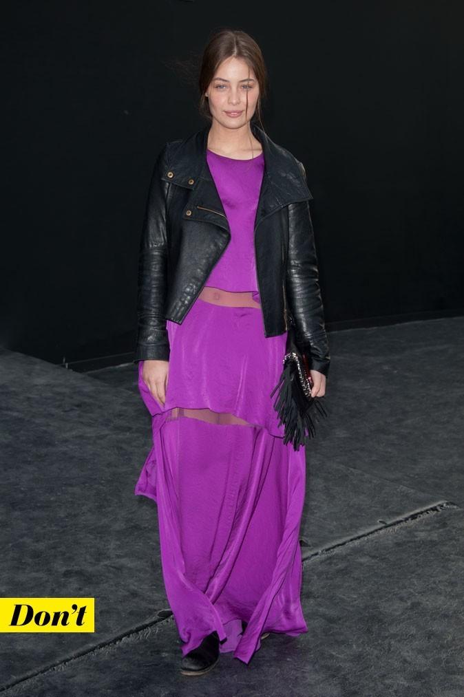 Look de star : la robe longue violette transparente de Marie-Ange Casta