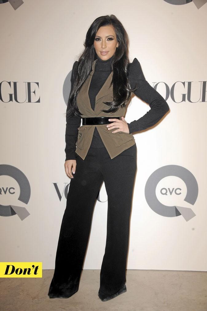 La veste à épaulettes de Kim Kardashian