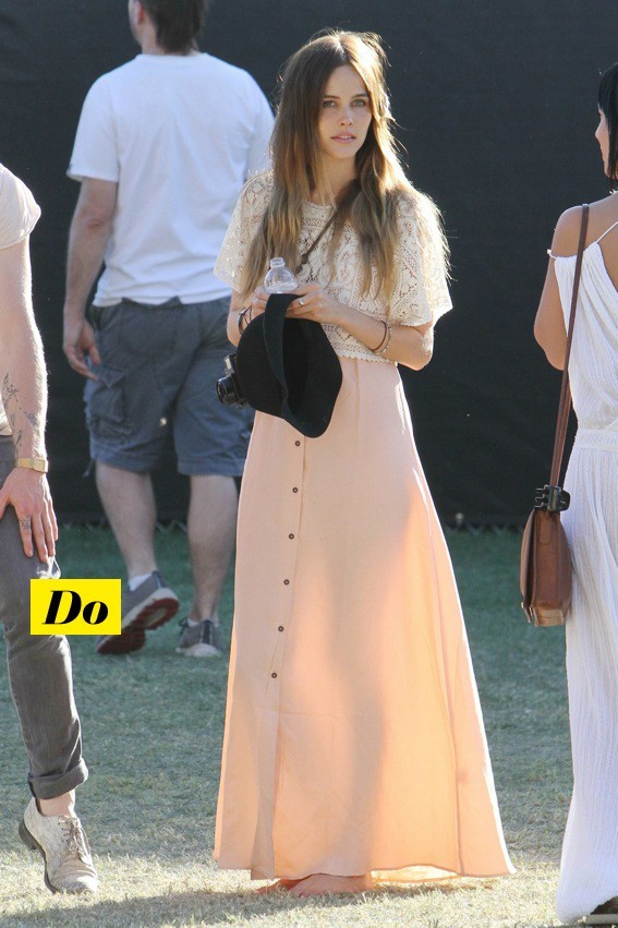 Isabel Lucas à Coachella