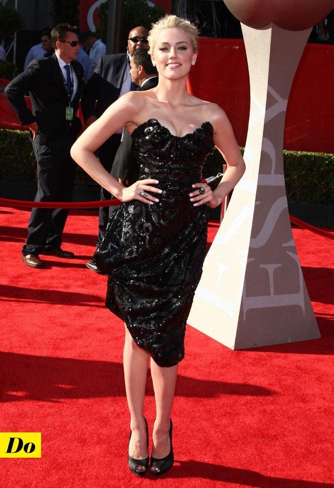 Amber Heard, une bombe rétro en D&G