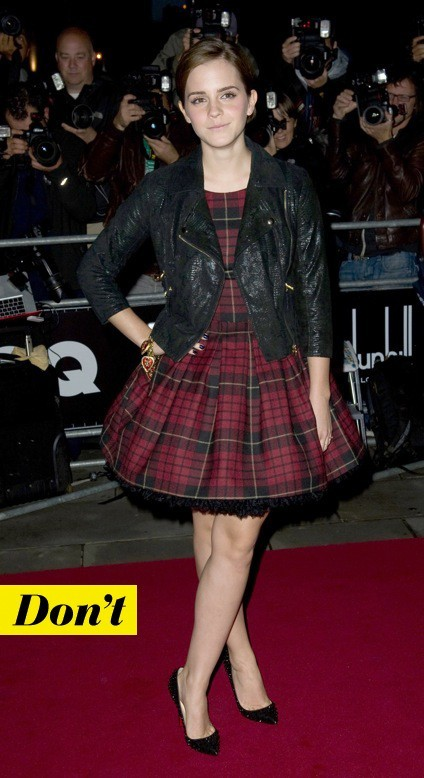 Emma Watson tarte en tartan !