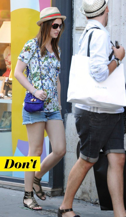 Leighton Meester et son mini sac en crochet
