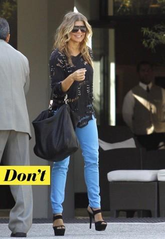Fergie et son jean turquoise