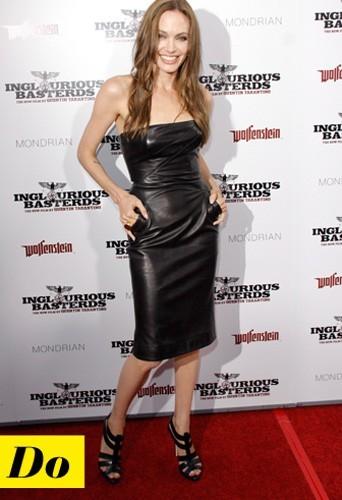 Angelina Jolie et sa robe en cuir