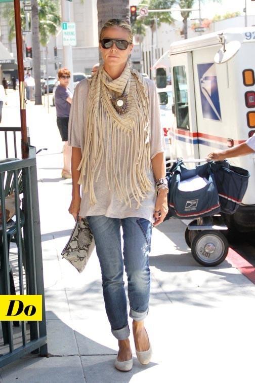 Juste ce qu'il faut : Heidi Klum et sa pochette python
