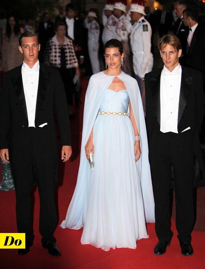 Mariage de Charlene Wittstock et Albert de Monaco : le look de Charlotte Casiraghi le soir !