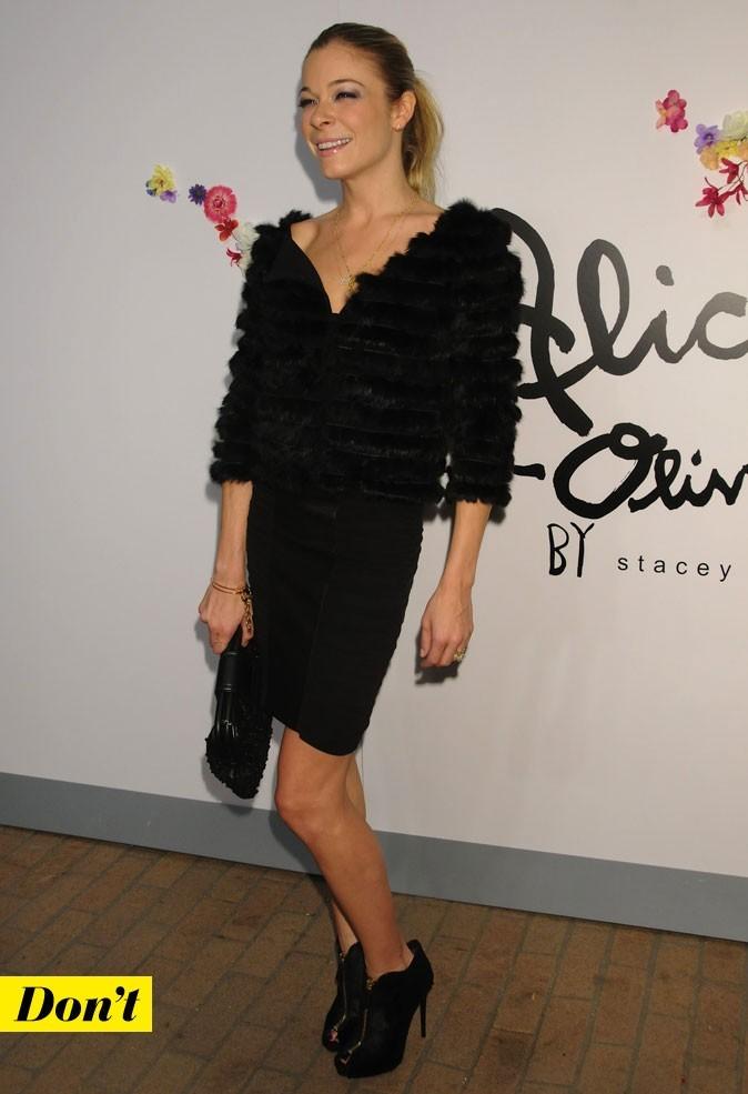 Mercedes-Benz Fashion Week 2011 : LeAnn Rimes lors du défilé Alice and Olivia !