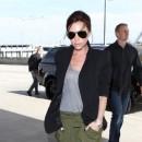 Tendance militaire : le pantalon kaki de Victoria Beckham