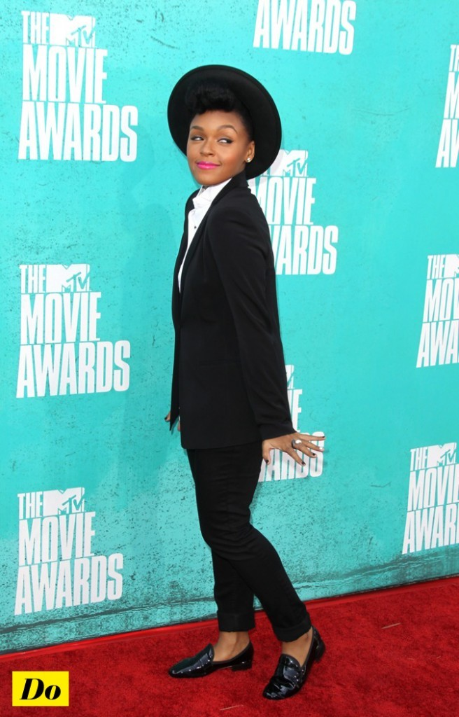 Janelle Monae : total look black and white !