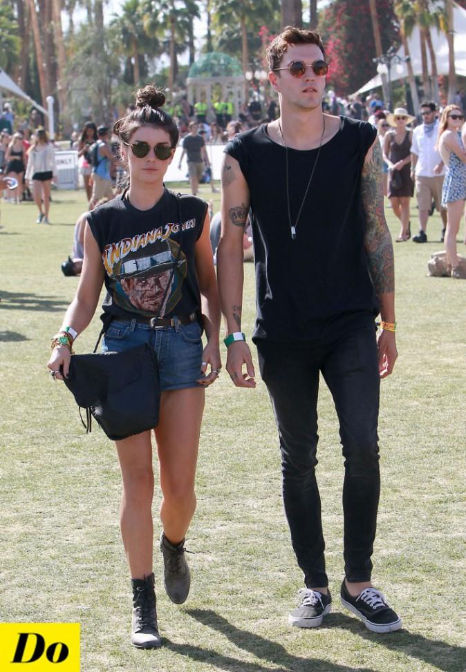 Shenae Grimes s'adonne au look Rock avec son boyfriend