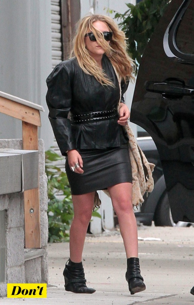 Mary Kate Olsen : 100% black !