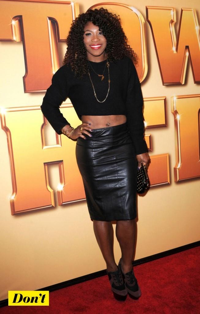 Serena Williams : elle laisse dépasser son ventre !