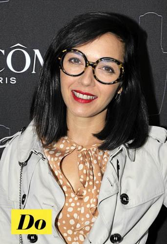 On choisit des lunettes rondes comme Sylvie Hoareau (Brigitte) !