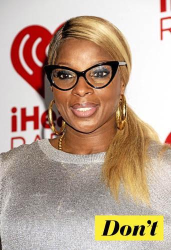 On oublie les lunettes cat's eyes de Mary J. Blige !