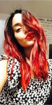 Beauté : Vanessa Hudgens : elle voit la vie en rouge !