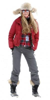 Elle Macpherson : stylée même sous la neige !